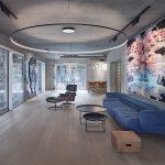 Veľký moderný priestor s abstrakciou