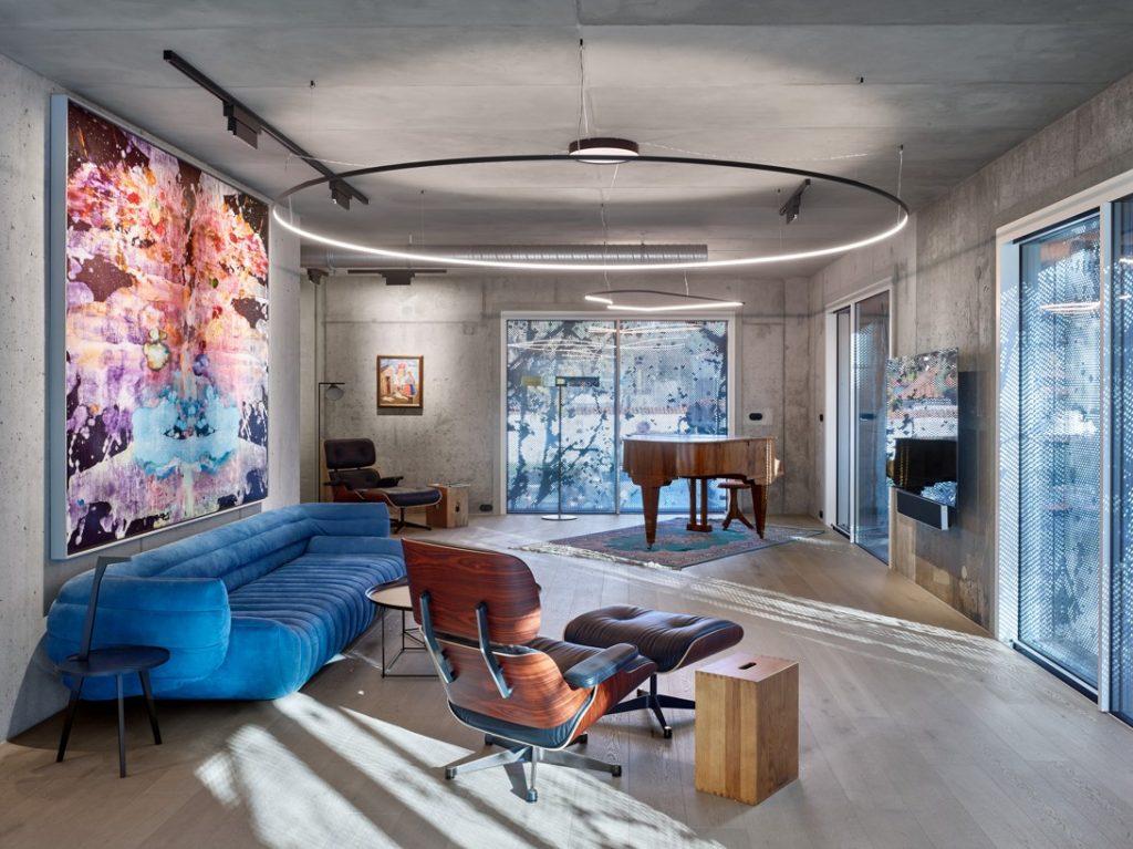Byt pre zberateľov umenia, majiteľov veľkej knižnice a klavírneho krídla