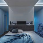 Spálňa s veľkou postelou a predelom