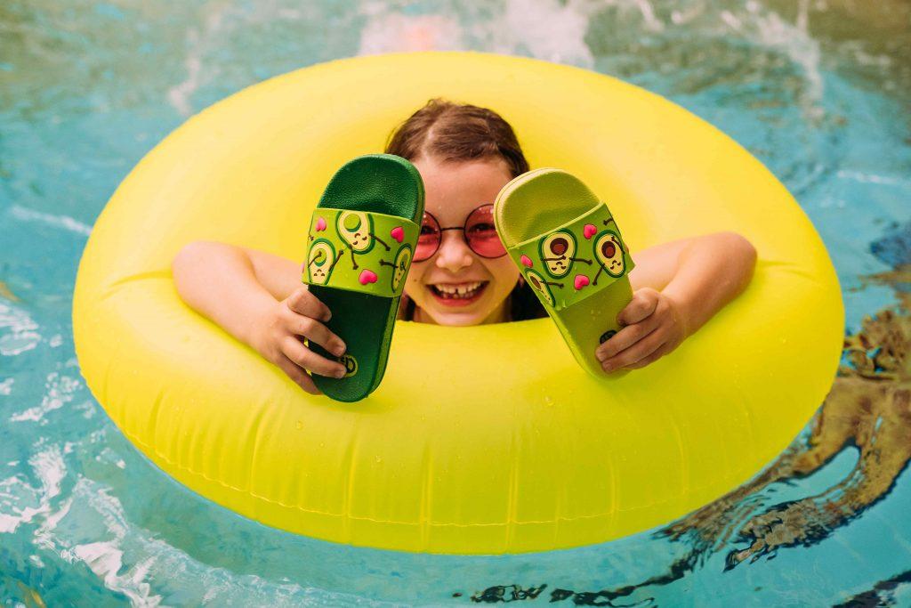 Dedoles letné šľapky rozprúdia zábavu najmä v lete