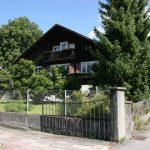 Typický starý rakúsky drevený dom