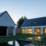 Domčeky s jazierkom a záhradou