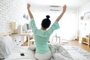 Ako zostať cool počas tropických nocí a dopriať si kvalitný spánok?