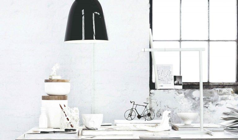 Pohrajte sa s čiernou a bielou! Ich prepojením vzniká harmónia, ktorú inou kombináciou farieb nedosiahnete