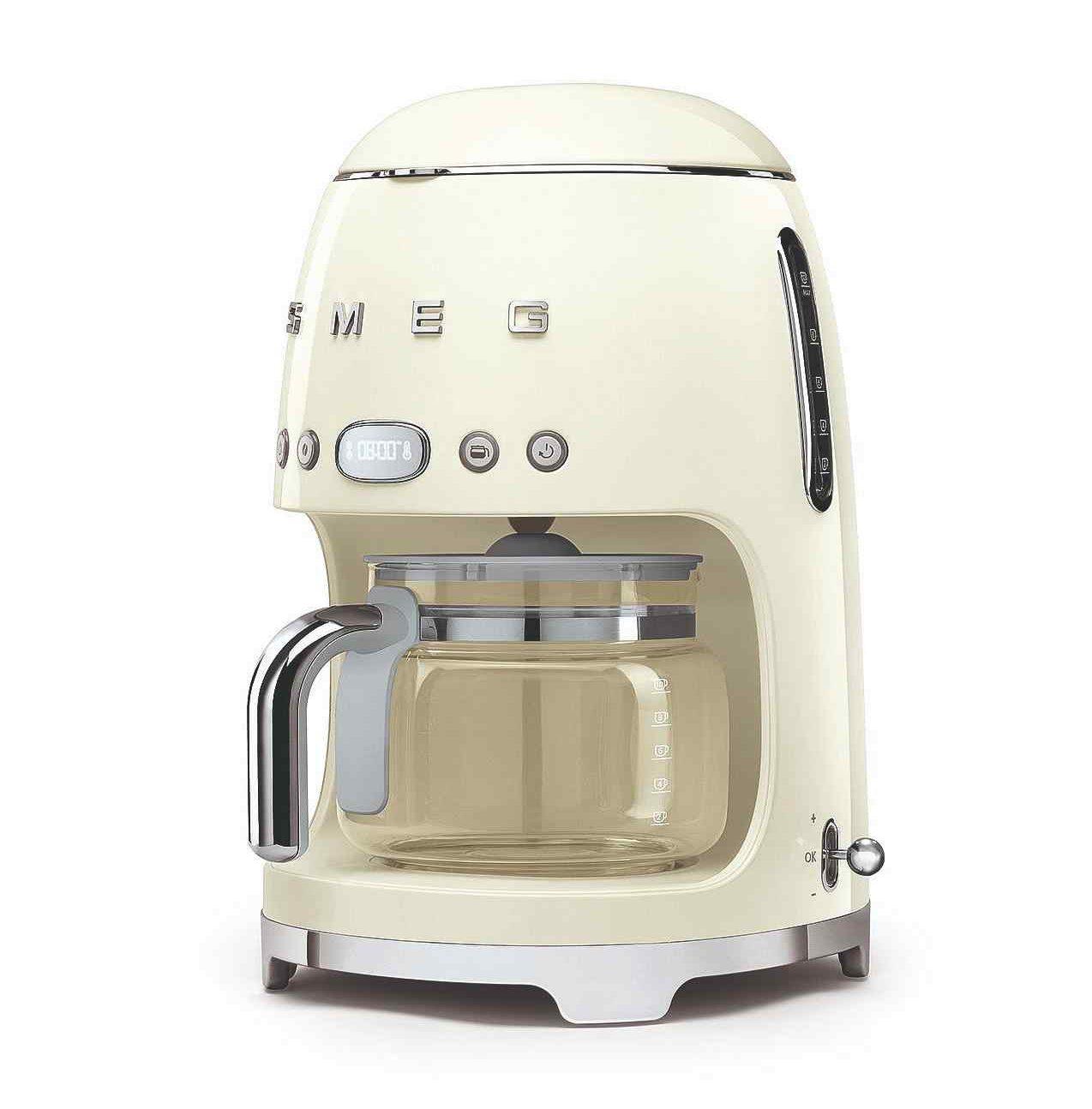 Kávovar na filtrovanú kávu Smeg