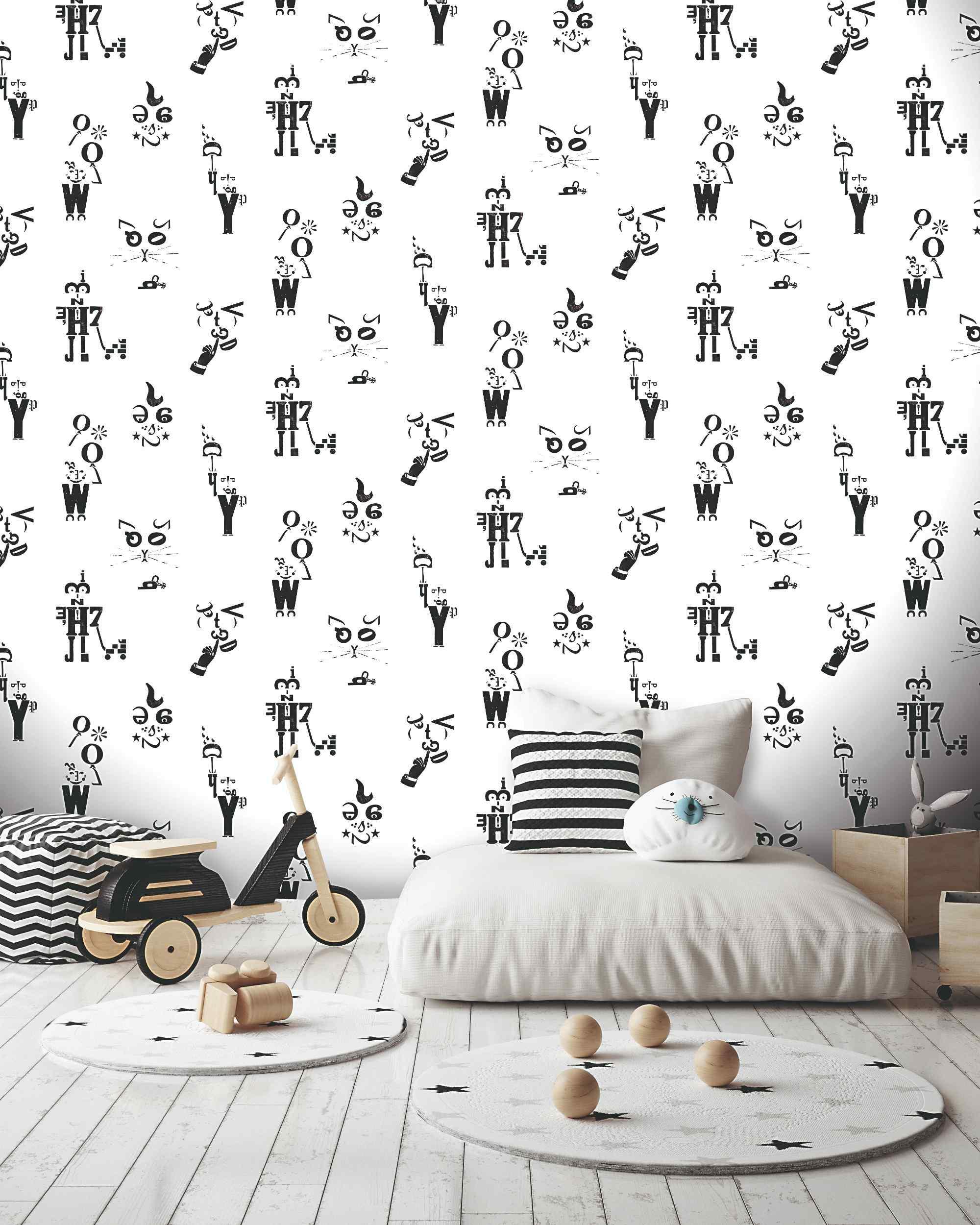 Čiernobiela tapeta s postavičkami v detskej izbe
