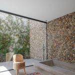 Moderná prírodná kúpeľňa