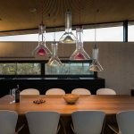 Kuchyňa s jedálňou a dizajnovými svetlami
