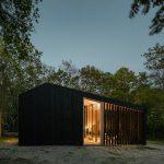 Dovolenkový domček s pohyblivými lamelmi