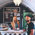Majitelia kaviarne vo vagóne Andrej a Zuzana