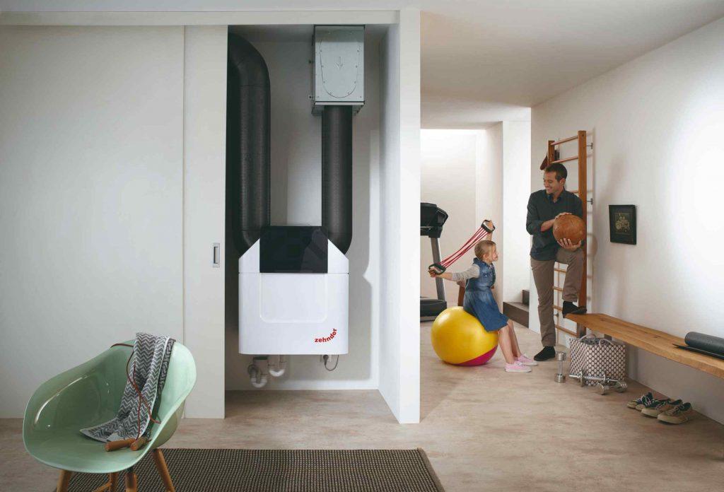 Vetracia jednotka s účinnou rekuperáciou chladu proti prehrievaniu interiéru