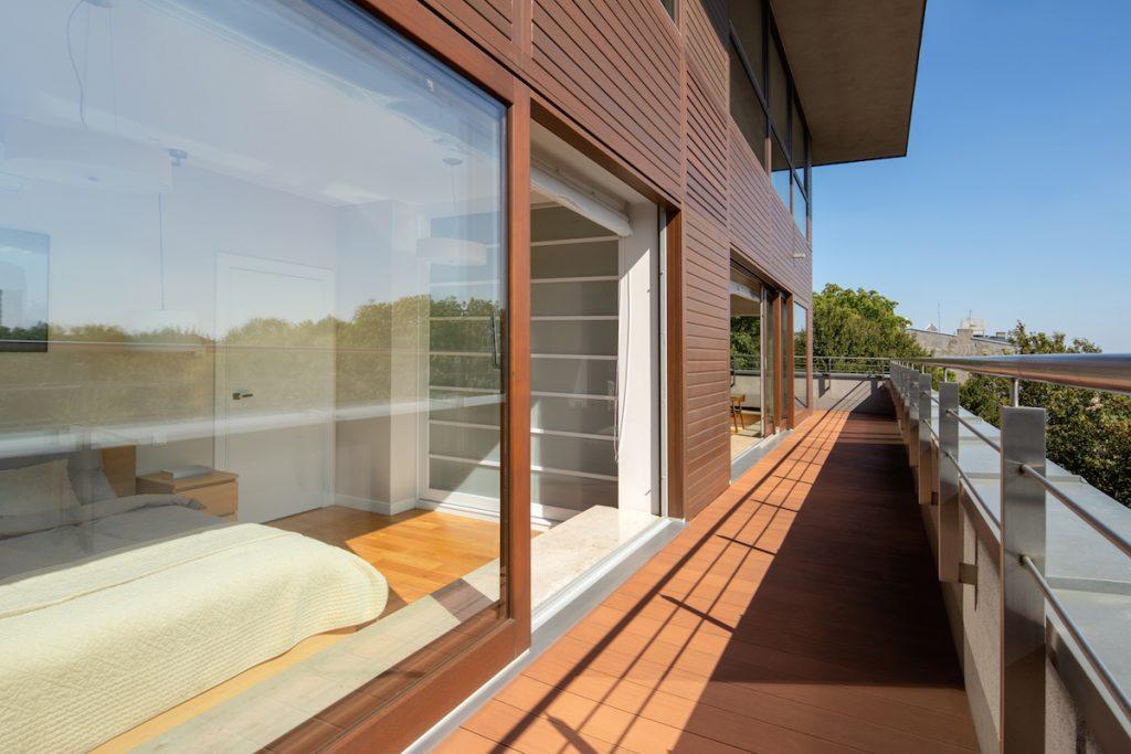 Ako vybrať okno do domu podľa novej legislatívy?