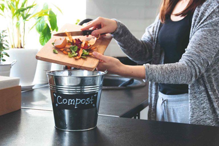 Všetko, čo potrebujete vedieť, kým začnete s kompostovaním