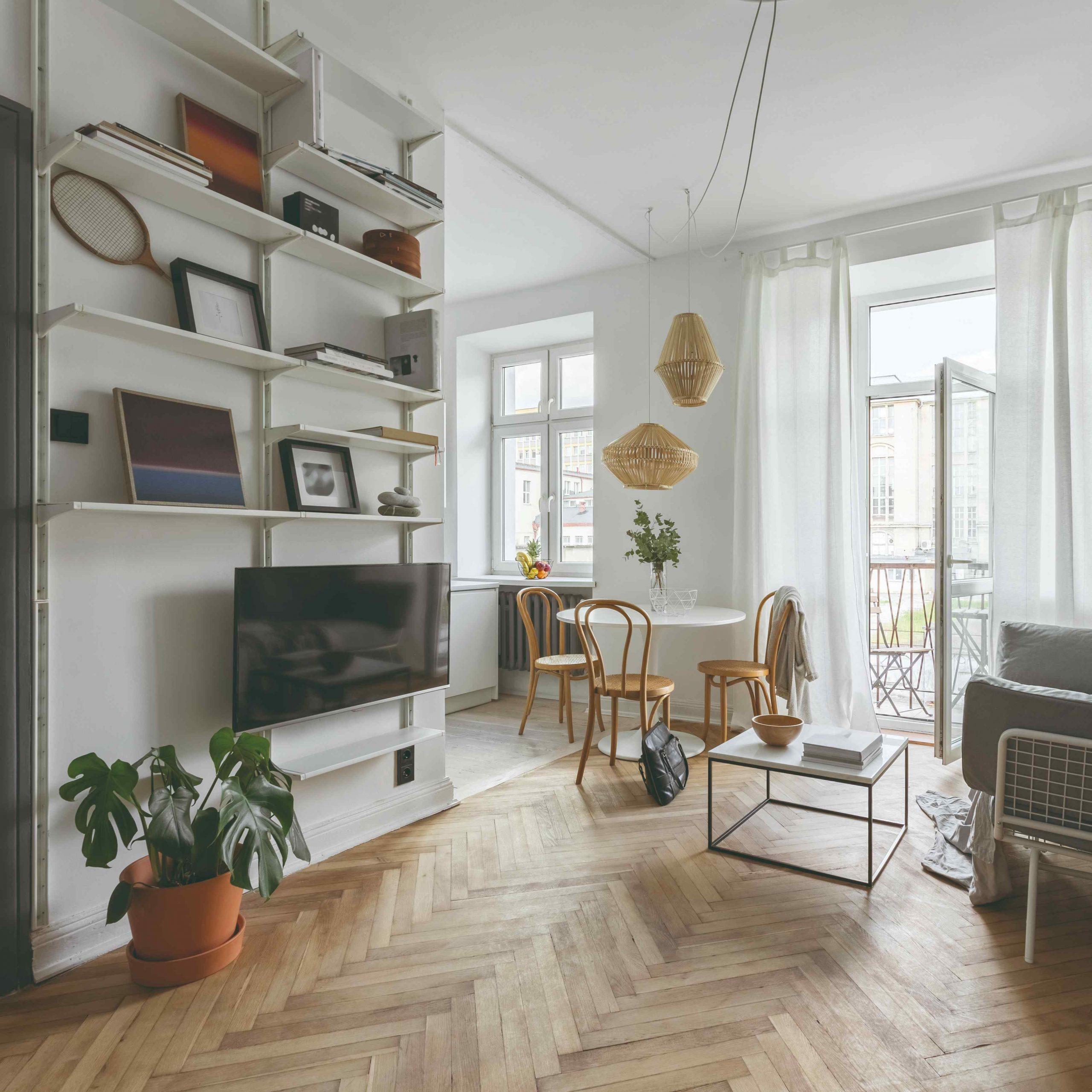 Obývačka v retro štýle s modernými prvkami