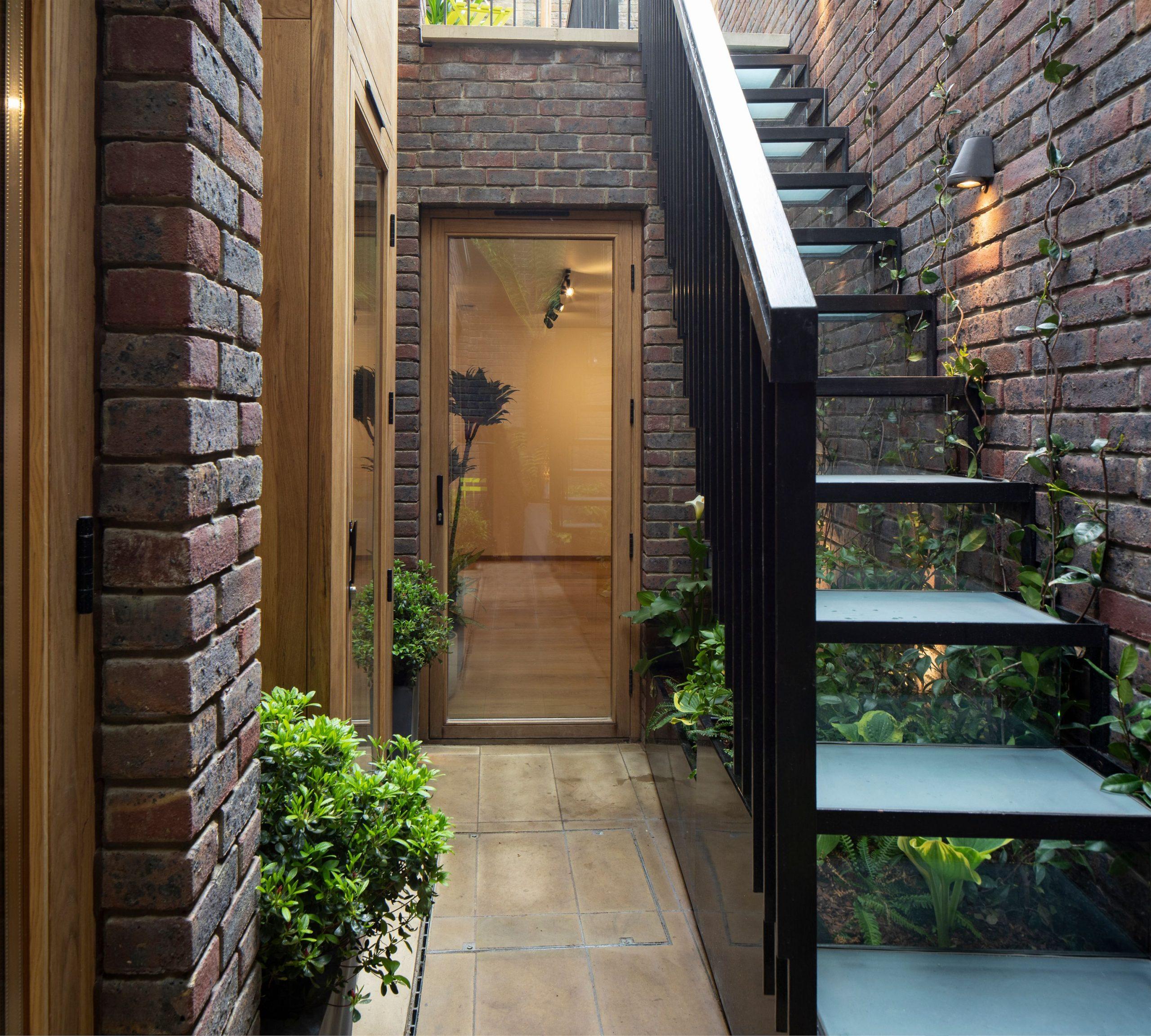 Brick_house23