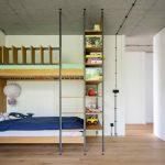 Poschodová posteľ v detskej izbe