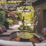 vonkajšia obývačka v záhrade