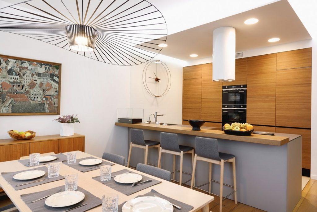 moderné svietidlá v jedálni