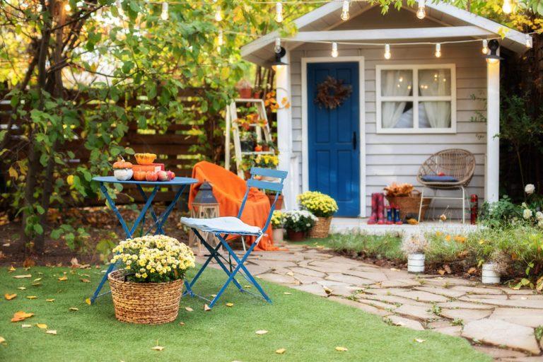Chcete stavať záhradný domček? Toto je 10 vecí, na ktoré musíte myslieť