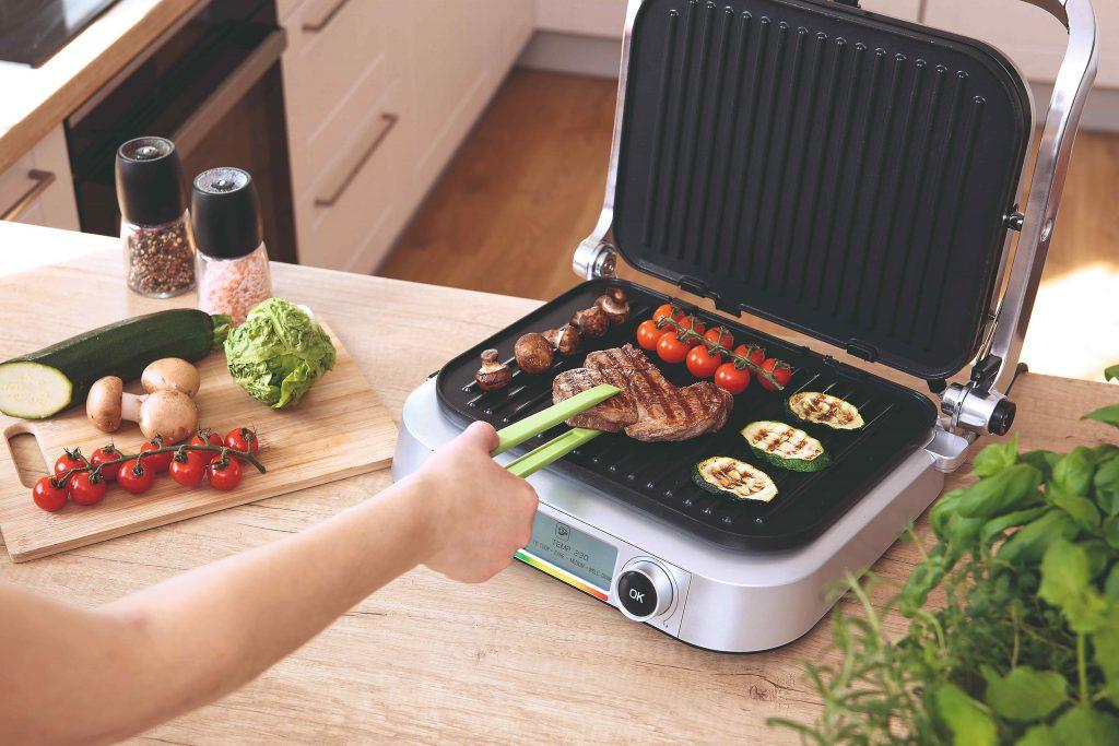 Testovali sme kontaktné kuchynské grily, v rýchlosti tepelnej úpravy sú neprekonateľné. Ktorý zvíťazil?