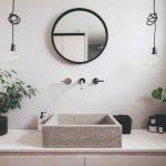Betónové umývadlo v industriálnej kúpeľni