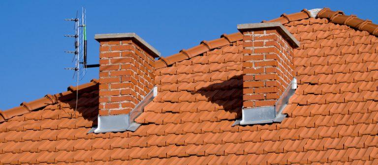 Zateplenie šikmej strechy PUR penou či minerálnou vlnou?