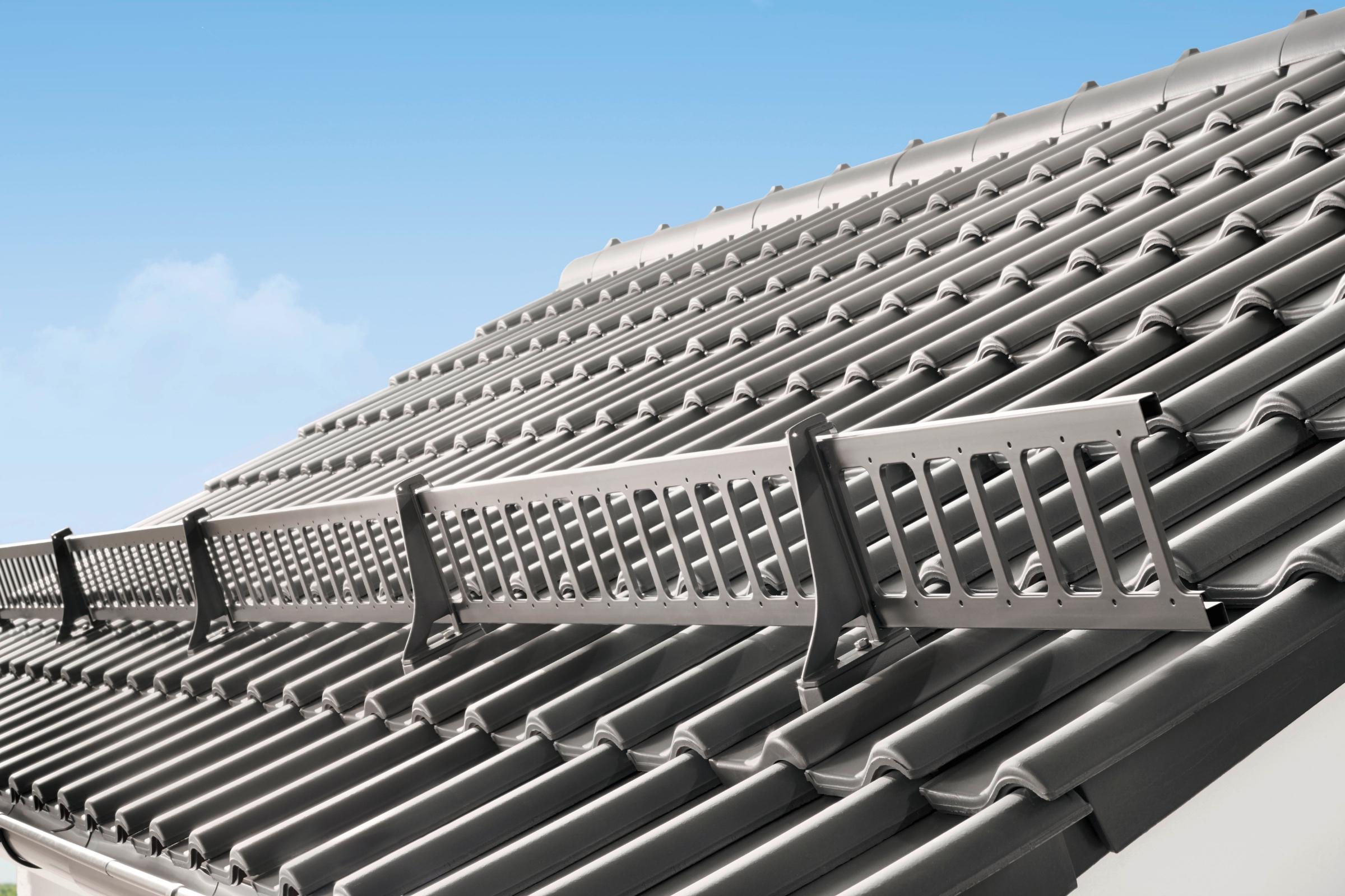 Dobryzaklad.sk_protisnehova mreza na streche