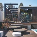 Vila s variabilnou fasádou a bazénom