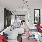 Luxusná obývačka vo svetlých farbách