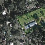 Chata v záhradkárskej oblasti letecký pohľad