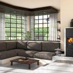 Teplovodné kachle na drevo vo veľkej luxusnej obývačke