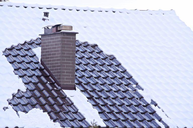 Pripravte strechu na zimu včas