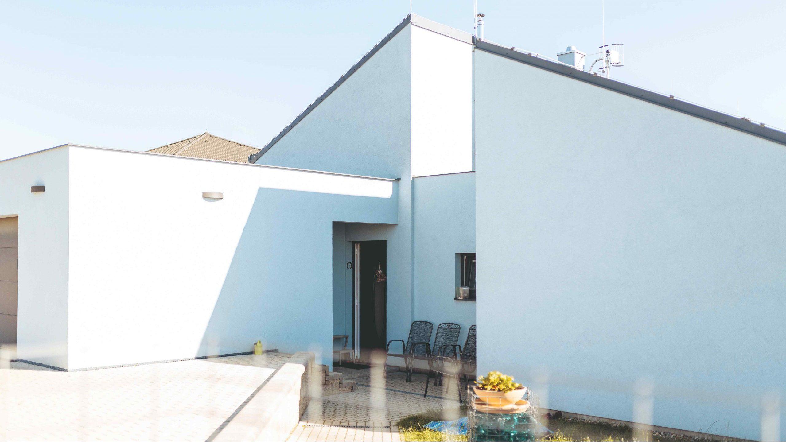 Rodinný dom s dvojitou šikmou strechou